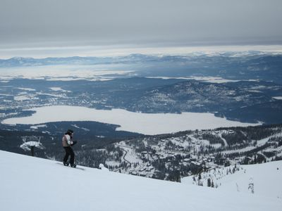 Whitefish condo rental - Getting Ready to Ski Down