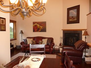 Columbia Falls condo photo - Light & Bright/ Warm & Woodsy. Leather comfort, MT decor, Wood Burning Fireplace