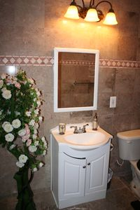 Silver Spring house rental - Royalty Bath