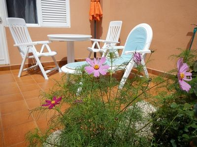 1 bedroom apartment with terrace and garden in a building with pool