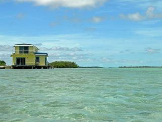 Andros house boat photo - Sunset Point Houseboat in the tidal creek.