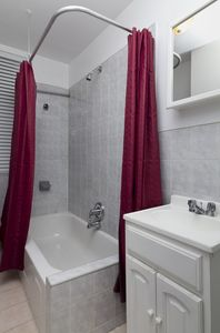 8214D - 1 Bed - Shower and Tub with New Vanity