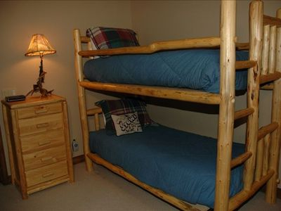 Loft area - twin beds