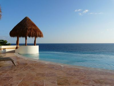 Palapa with infinity pool