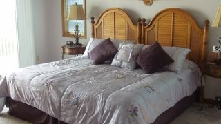 Broadkill Beach house photo - Bedroom A with option of King bed or two twins, door to Hot Tub Room and sliding