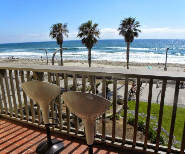 San Diego House Rentals On The Beach: Family Friendly Ocean Front Condo In San Diego