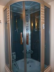 Reykjavik apartment photo - Luxury walk-in shower