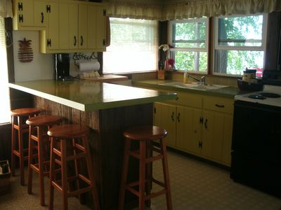 Bear Lake cottage rental - Kitchen