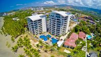 3 BR Perfect for Family or Friends Downtown Jaco Beachfront