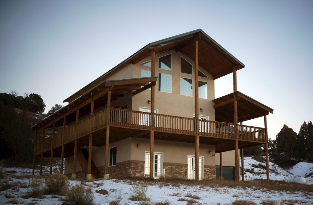 Panguitch vacation rental vrbo 664638 6 br ut cabin for Bryce canyon cabin rentals