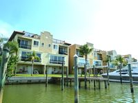 Awesome 3/3 Waterfront Townhouse...all the comforts of home!