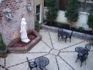 Savannah house photo - courtyard