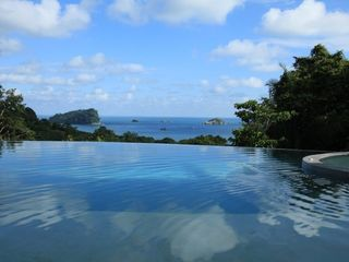 Manuel Antonio villa photo - Stunning ocean views from infinity edge pool
