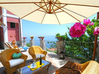 Ancient Palazzo Rocco – Apartments in centre of Praiano 500 m from Praia beach