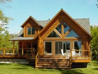 St Ignace cabin rental - Large deck facing the lake