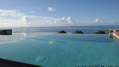 Cozy, Private and an Amazing View - this is Kaye Mango, your home in St.Lucia !