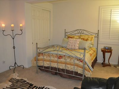 Queen Bed Finely Appointed in Ralph Lauren Linens