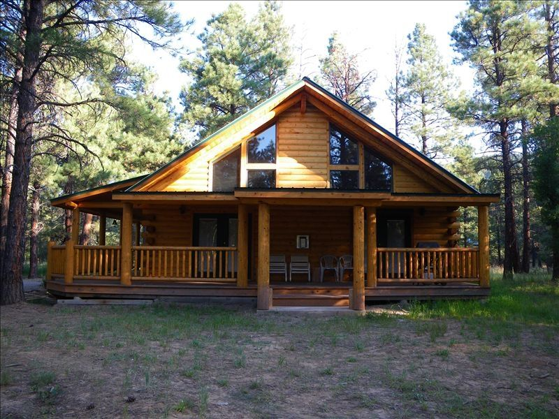 Log house side view for Brazos river cabins