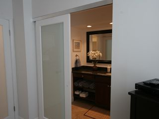 Delray Beach apartment photo - Bathroom entry view.