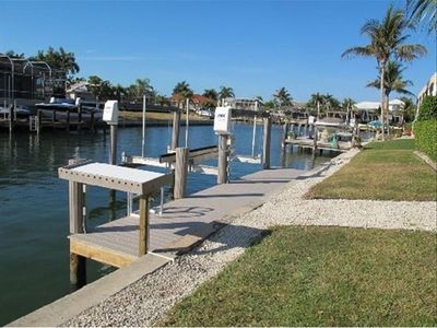 Recently renovated dock with boat lift (Northern canal view)