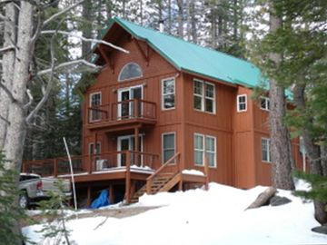 Soda Springs cabin rental - Exterior in Winter