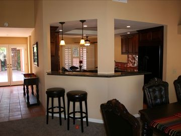 La Quinta condo rental - open layout