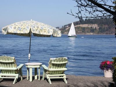 Tacoma house rental - Enjoy your favorite beverage and wave to the boats floating by!