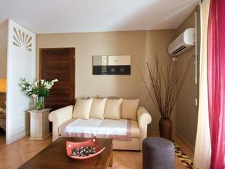 Orient Bay studio photo - The sitting area with sleeper sofa