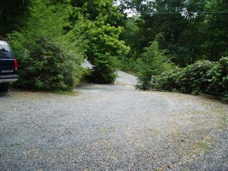 Boone cabin photo - The Driveway Leads from The Private Road