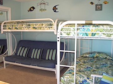 DOUBLE BUNK & FUTON BEDROOM