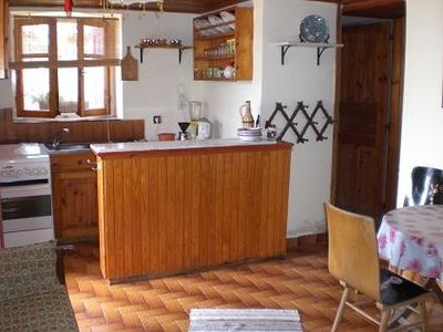 Lesbos house rental - Guesthouse apartment kitchen