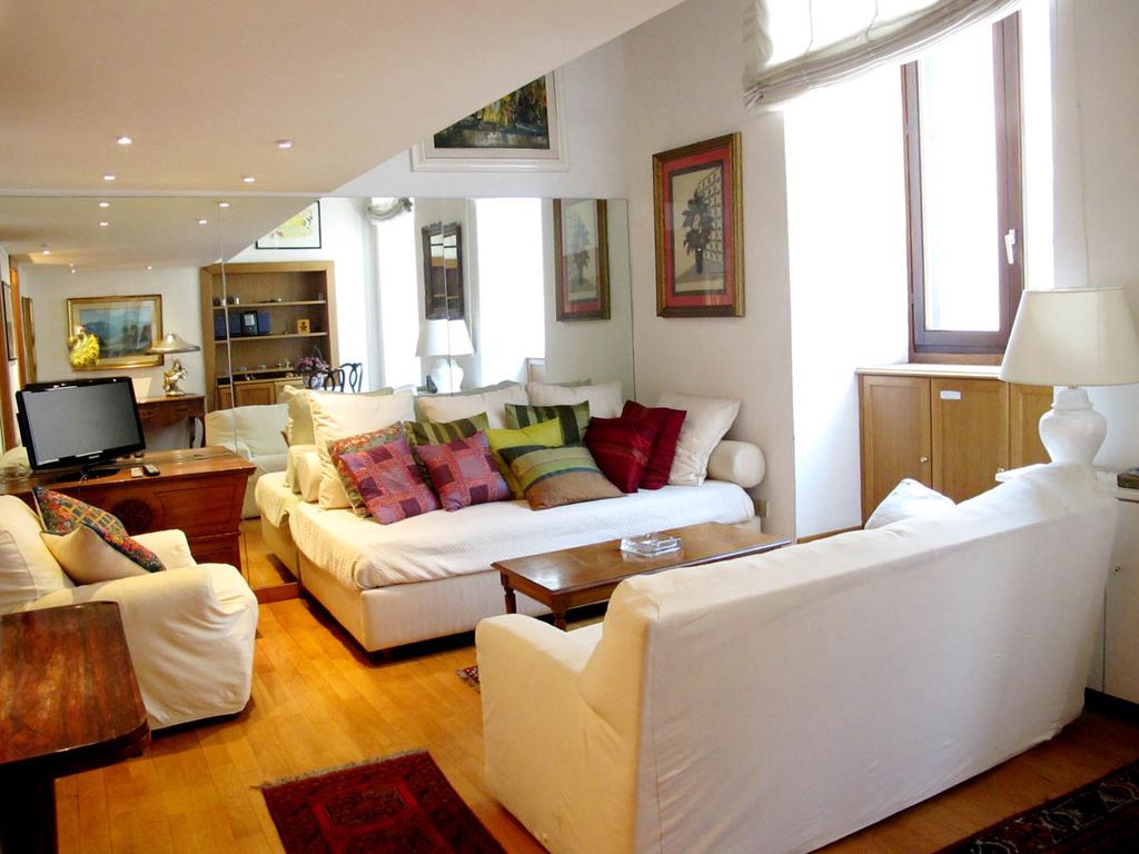 Cozy Apartment W Elevator Just 500 HomeAway Rione