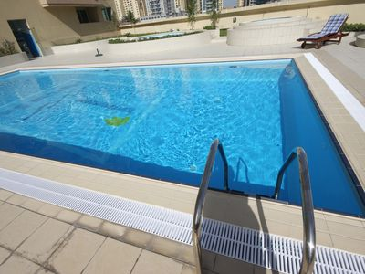 Dubai Marina & Al Sufouh apartment rental - The swimming pool