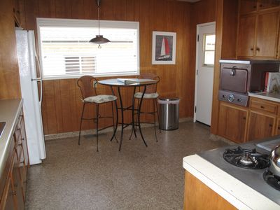 Point Loma house rental - The kitchen.