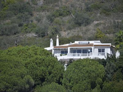 Individual villa with spectacular views of the ocean and the Algarve
