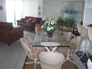 Crescent Beach condo photo - Dining Area