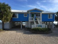 Beachfront Home With Pool, Maximum Occupancy 8. 4 Bd/2bath