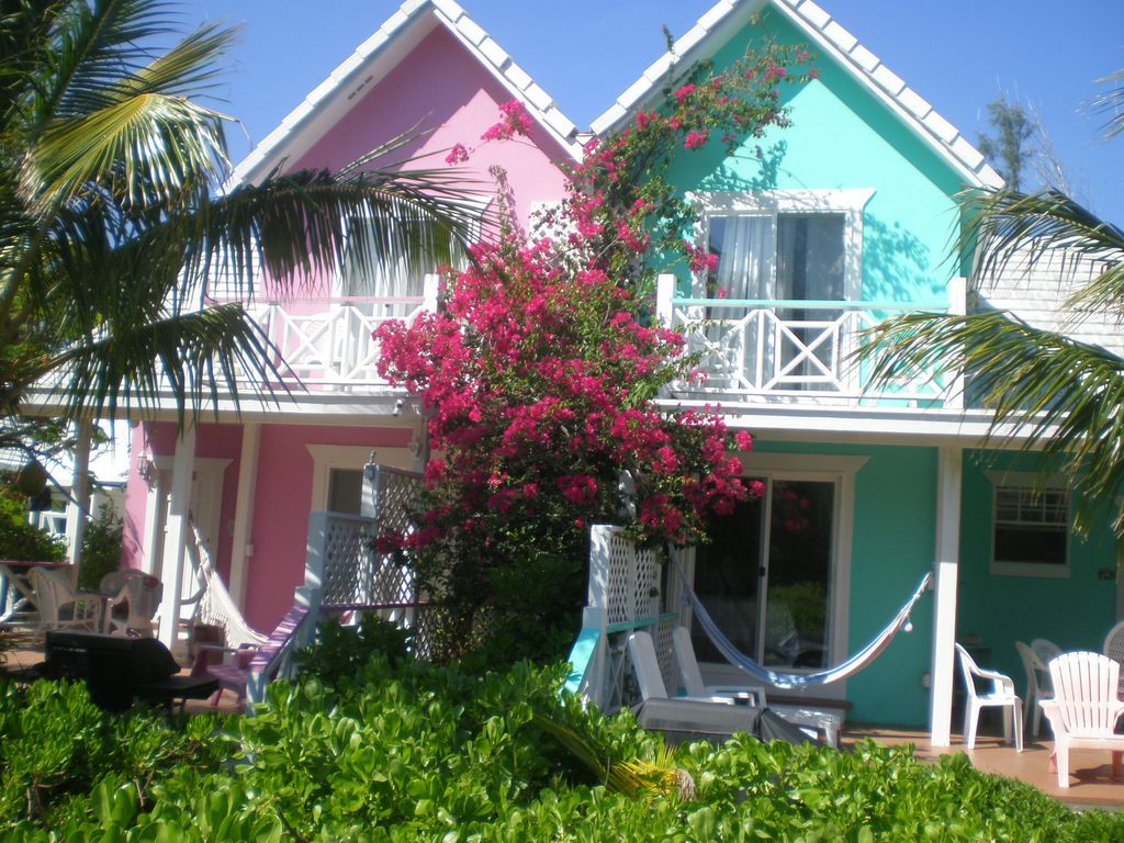Key lime waterfront cottage at diamondsbythesea for Waterfront cottage