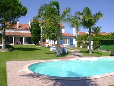 Family House, halfway Lisbon/Fatima, lovely garden, sp with relaxing view