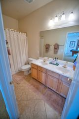 Las Vegas townhome photo - Queen Bathroom with duel sinks and shower/tub
