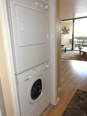 Maalaea condo photo - Convenient in-unit high efficiency full size washer and dryer.