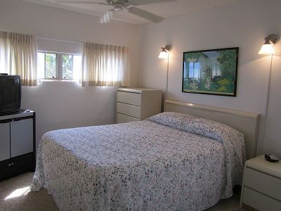Maalaea townhome rental - Master Bedroom with comfortable queen bed and T.V. with VHS Player