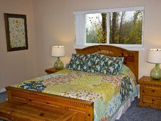Julian house photo - Bedding from Pottery Bard, Private Bath Great views...Wow!