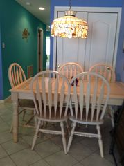 Wildwood condo photo - Sit and enjoy family dinner.