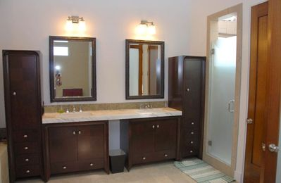 Master En Suite Bathroom (separate whirlpool bathtub is not shown)