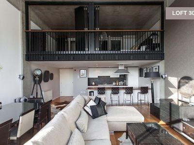 Islington apartment rental - Vast loft apartment with mezzanine