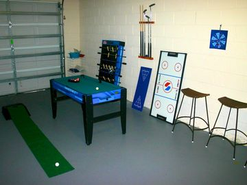 Yes you can golf in our garage!