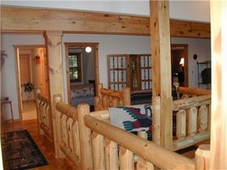 Wisconsin Dells house photo - Upstairs level w/4 bedrooms