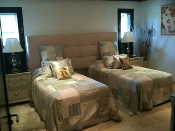 Bedroom 2 set up with twin beds