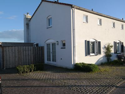 Semi-detached house located in a great holiday park